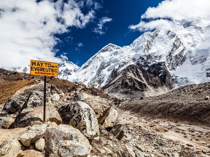 16 days luxurious trek to Everest base camp