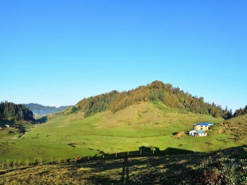 Badimalika Trek in Nepal
